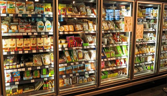 lednice v obchodě