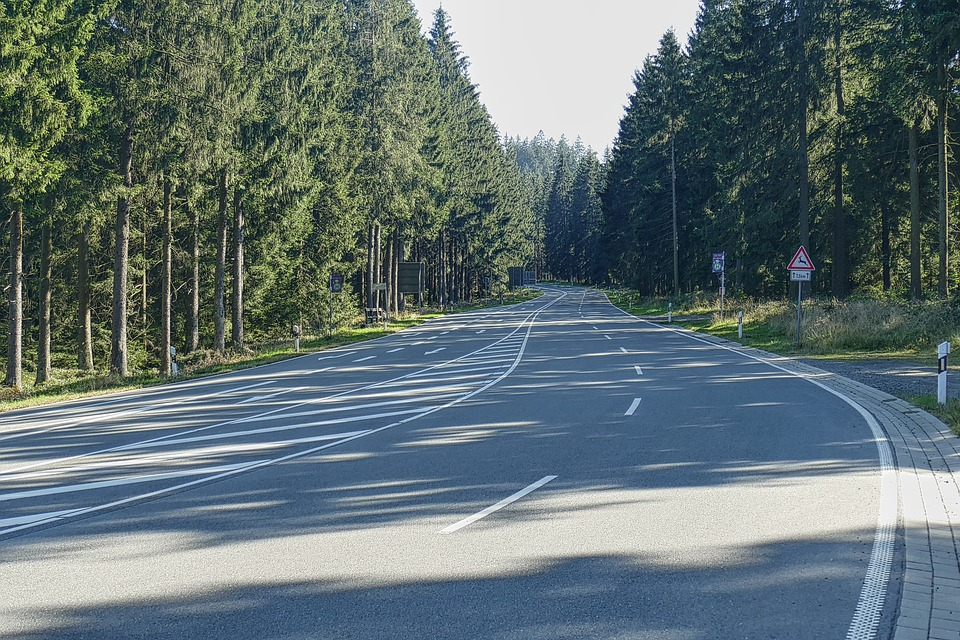 přehledná silnice